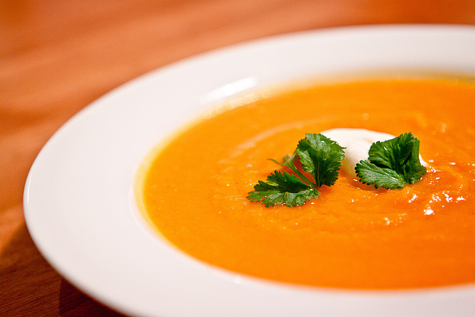 m hren orangen suppe rezept mit bild von chefkoch. Black Bedroom Furniture Sets. Home Design Ideas
