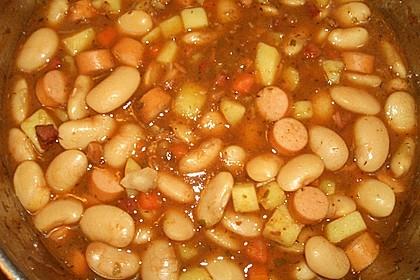 Bohneneintopf mit Würstchen und Kartoffeln 7