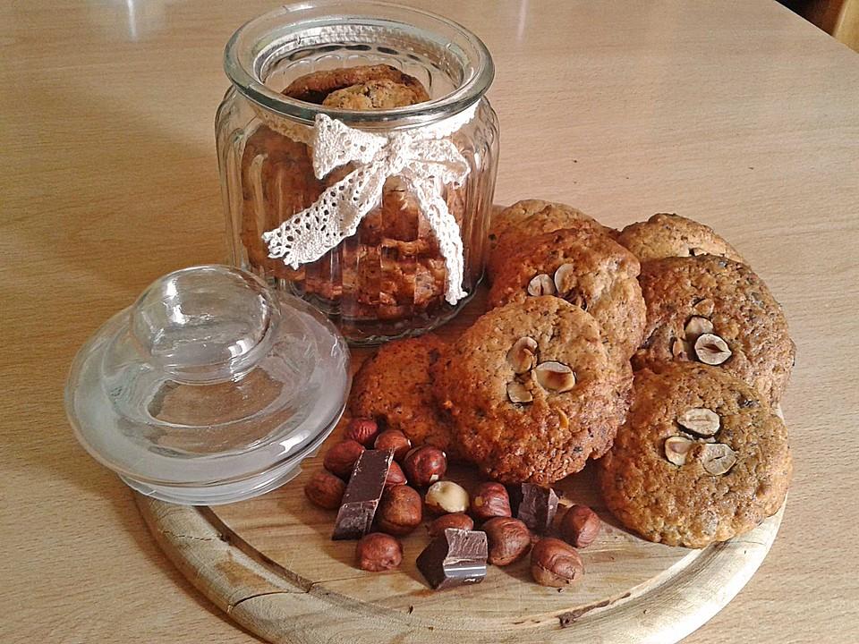 haselnuss schokoladen cookies rezept mit bild von markus07021992. Black Bedroom Furniture Sets. Home Design Ideas