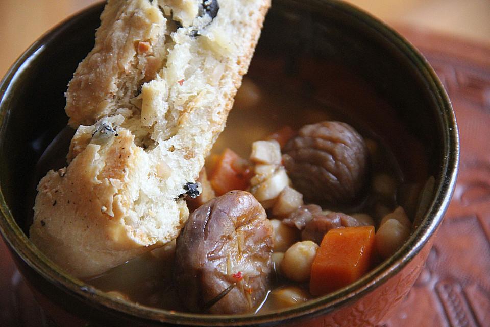 kastanien kichererbsen suppe rezept mit bild von parmigiana. Black Bedroom Furniture Sets. Home Design Ideas
