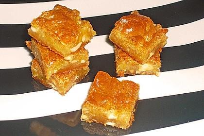 Crunchige Honig-Blondies mit Salzmandeln 2