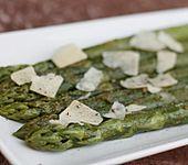 Gebratener grüner Spargel - italienisch
