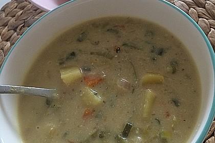 "Vegane Lauch-Kartoffel-,,Käse"" Suppe 1"