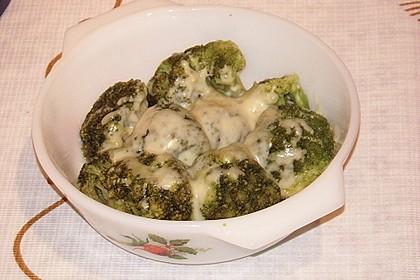Brokkoli mit Käse überbacken 1