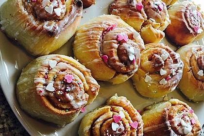 Zimtschnecken 'Cinnabon Style' 9