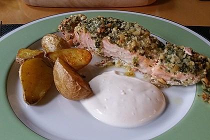 Lachs mit Parmesan-Kräuter-Walnuss-Kruste 35