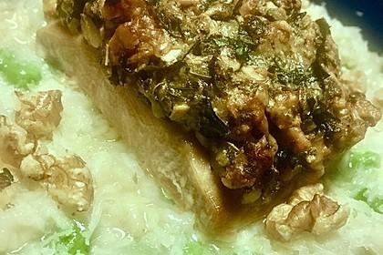 Lachs mit Parmesan-Kräuter-Walnuss-Kruste 53