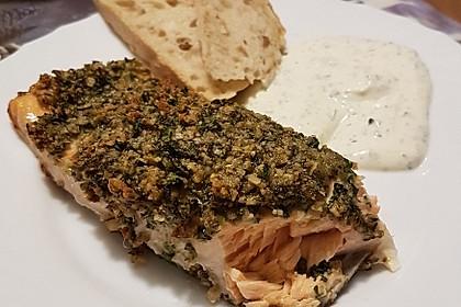 Lachs mit Parmesan-Kräuter-Walnuss-Kruste 48