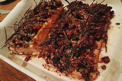 Lachs mit Parmesan-Kräuter-Walnuss-Kruste 56
