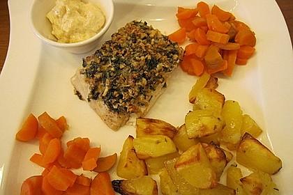 Lachs mit Parmesan-Kräuter-Walnuss-Kruste 36