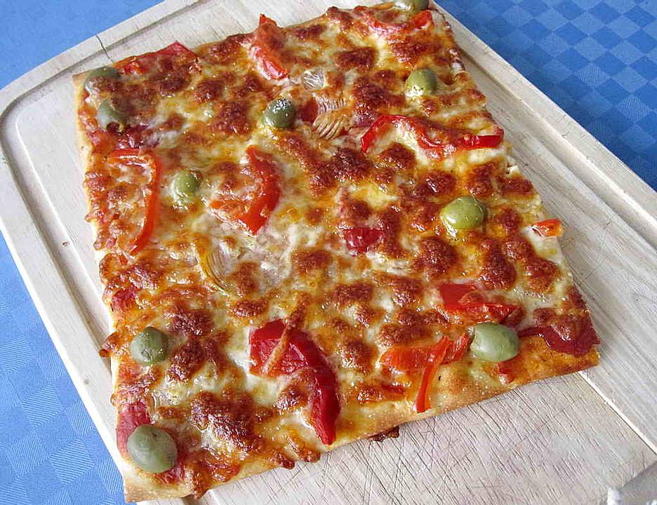 paprika pizza rezept mit bild von tinkerbell tiny. Black Bedroom Furniture Sets. Home Design Ideas