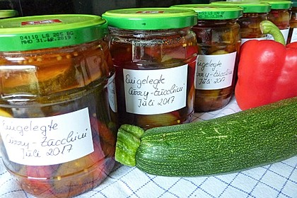 Eingelegte Curry - Zucchini 25