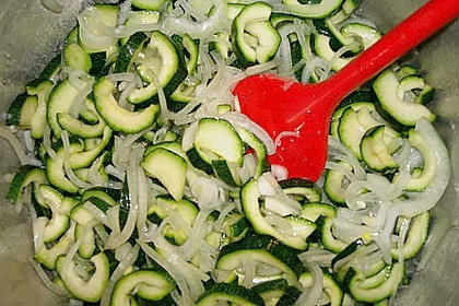 Eingelegte Curry - Zucchini 40