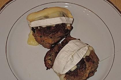 Gefüllte Frikadellen mit Camembert 5