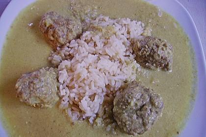 Indisches Fleischbällchencurry mit Joghurt und Kokosmilch 3