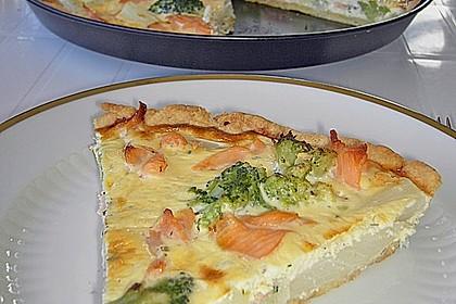 Brokkoli - Lachs Torte 2