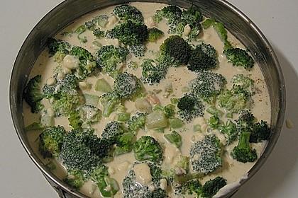 Brokkoli - Lachs Torte 21