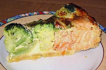 Brokkoli - Lachs Torte 9