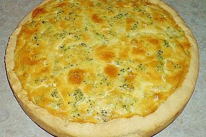 Brokkoli - Lachs Torte 11