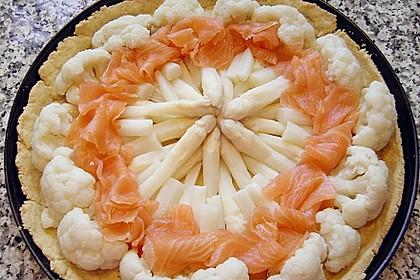 Brokkoli - Lachs Torte 24
