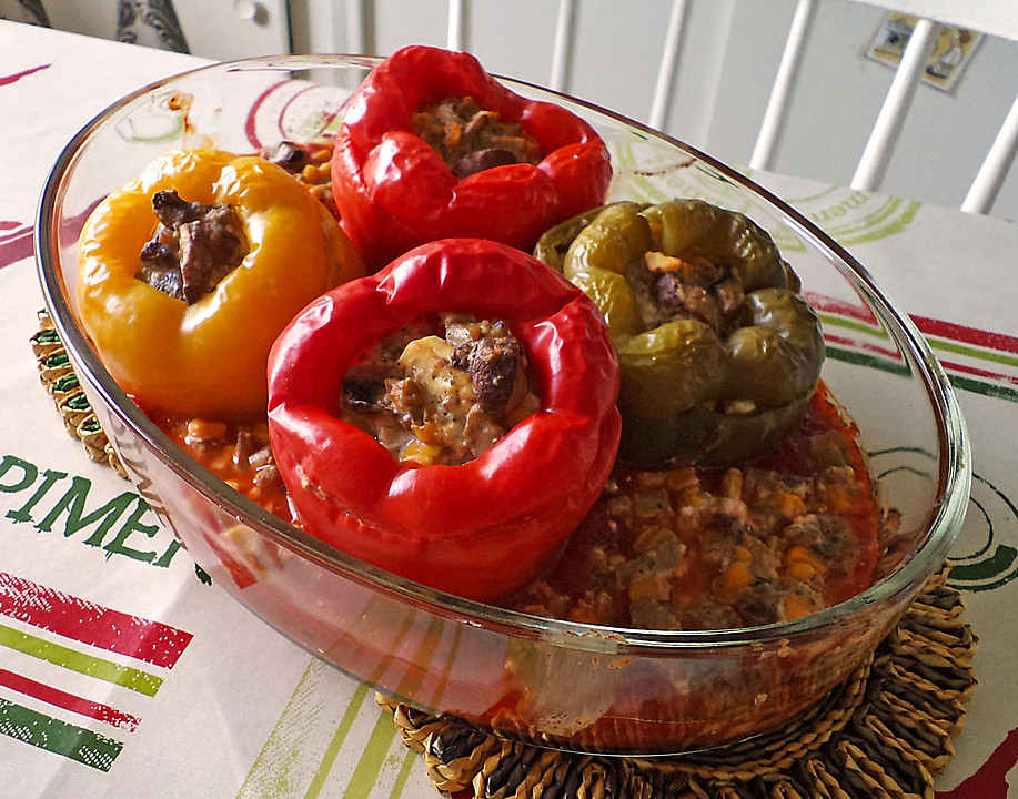 vegetarisch gef llte paprika rezept mit bild von martinlg. Black Bedroom Furniture Sets. Home Design Ideas