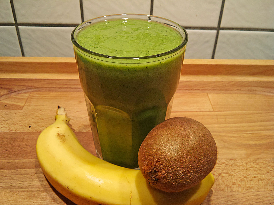 gr ner kiwi bananen smoothie mit radieschengr n von gloryous. Black Bedroom Furniture Sets. Home Design Ideas