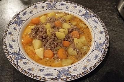 Kartoffel-Hackfleisch-Topf mit Schmand und Möhren 5
