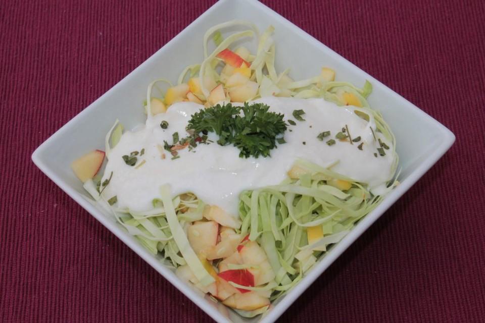 spitzkohl apfel salat rezept mit bild von kochmaus667. Black Bedroom Furniture Sets. Home Design Ideas
