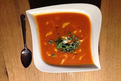 Low carb Tomaten-Basilikum-Suppe 8