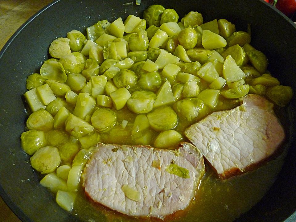 Deftiger Kartoffel-Rosenkohl Eintopf Mit Fleischwurst