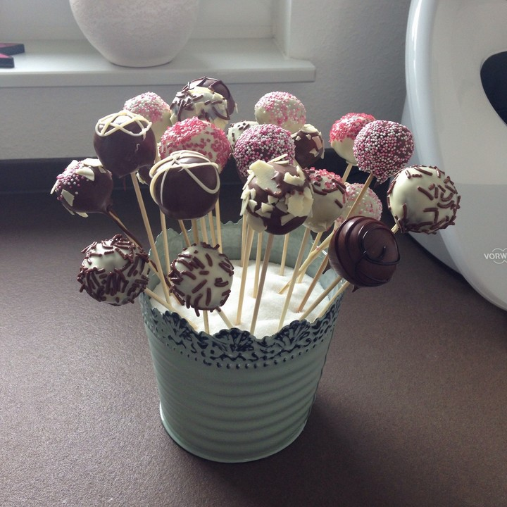 oreo cake pops rezept mit bild von anette83. Black Bedroom Furniture Sets. Home Design Ideas