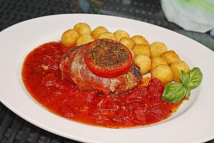 Mediterranes Tomaten-Mozzarella-Hacksteak 3
