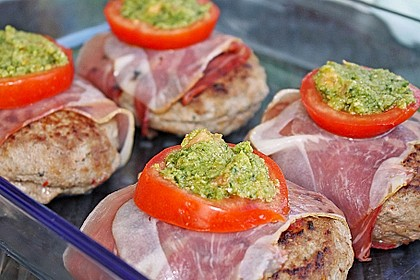 Mediterranes Tomaten-Mozzarella-Hacksteak 6