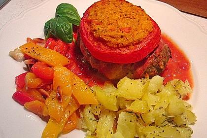 Mediterranes Tomaten-Mozzarella-Hacksteak 4