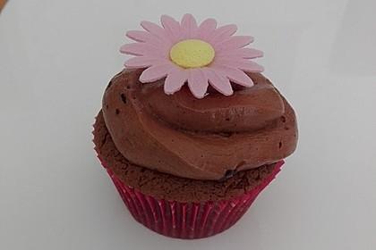 Schokoladen Cupcakes mit Schoko-Buttercreme 10