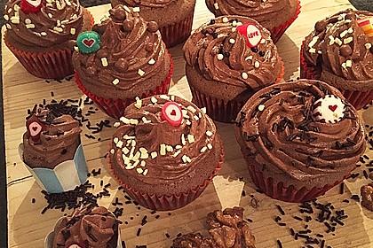 Schokoladen Cupcakes mit Schoko-Buttercreme 5