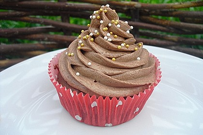 Schokoladen Cupcakes mit Schoko-Buttercreme