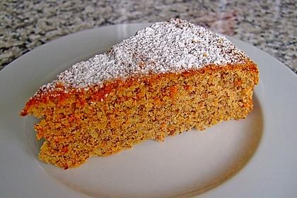 Möhren-Nuss-Kuchen 3