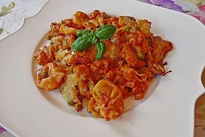 Überbackene Tortelloni in Tomaten-Champignon-Rahm 1