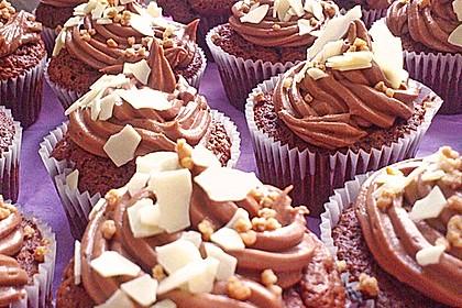 Nuss-Nougat-Cupcakes 1