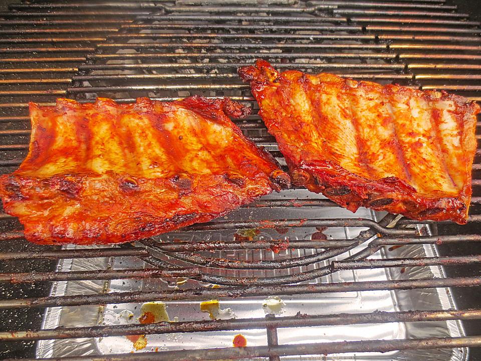 Spareribs Gasgrill Temperatur : Köstliche bbq spareribs für smoker und backofen mit soße und