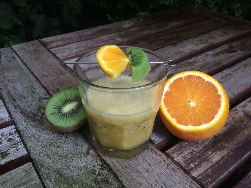 bananen kiwi orangen smoothie von madrich38. Black Bedroom Furniture Sets. Home Design Ideas