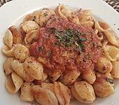 Spagetti mit Auberginen-Tomaten-Sauce