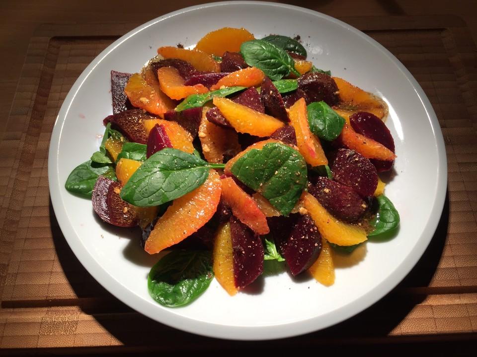 rote bete salat mit spinat und orangen. Black Bedroom Furniture Sets. Home Design Ideas