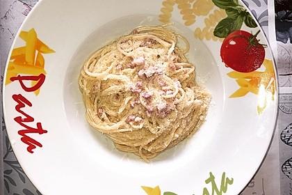 Spaghetti alla carbonara 29