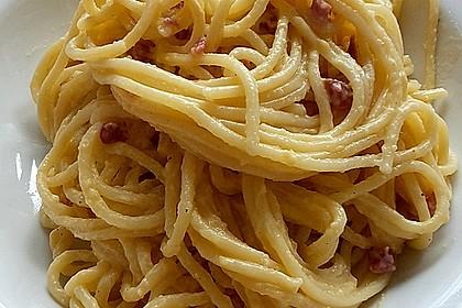 Spaghetti alla carbonara 10