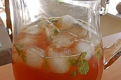 Alkoholfreier Cocktail mit Kräuterlimonade 4
