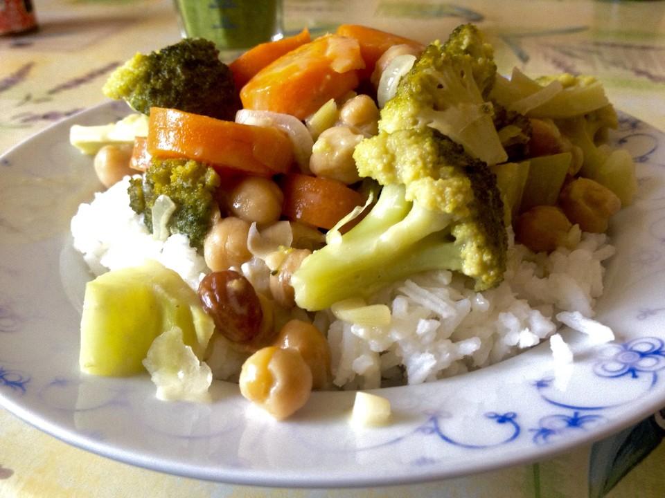 vegetarisch vegan rezepte mit broccoli mit mandelbl ttchen. Black Bedroom Furniture Sets. Home Design Ideas