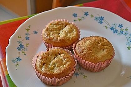 Skinny Banana Nut Muffins 2