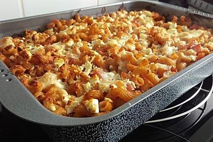 Cremiger Nudelauflauf mit Tomaten und Mozzarella 55